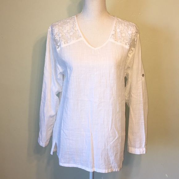 e93561d135ff7 blanc du nil Tops - Blanc du Nil white lace cotton top